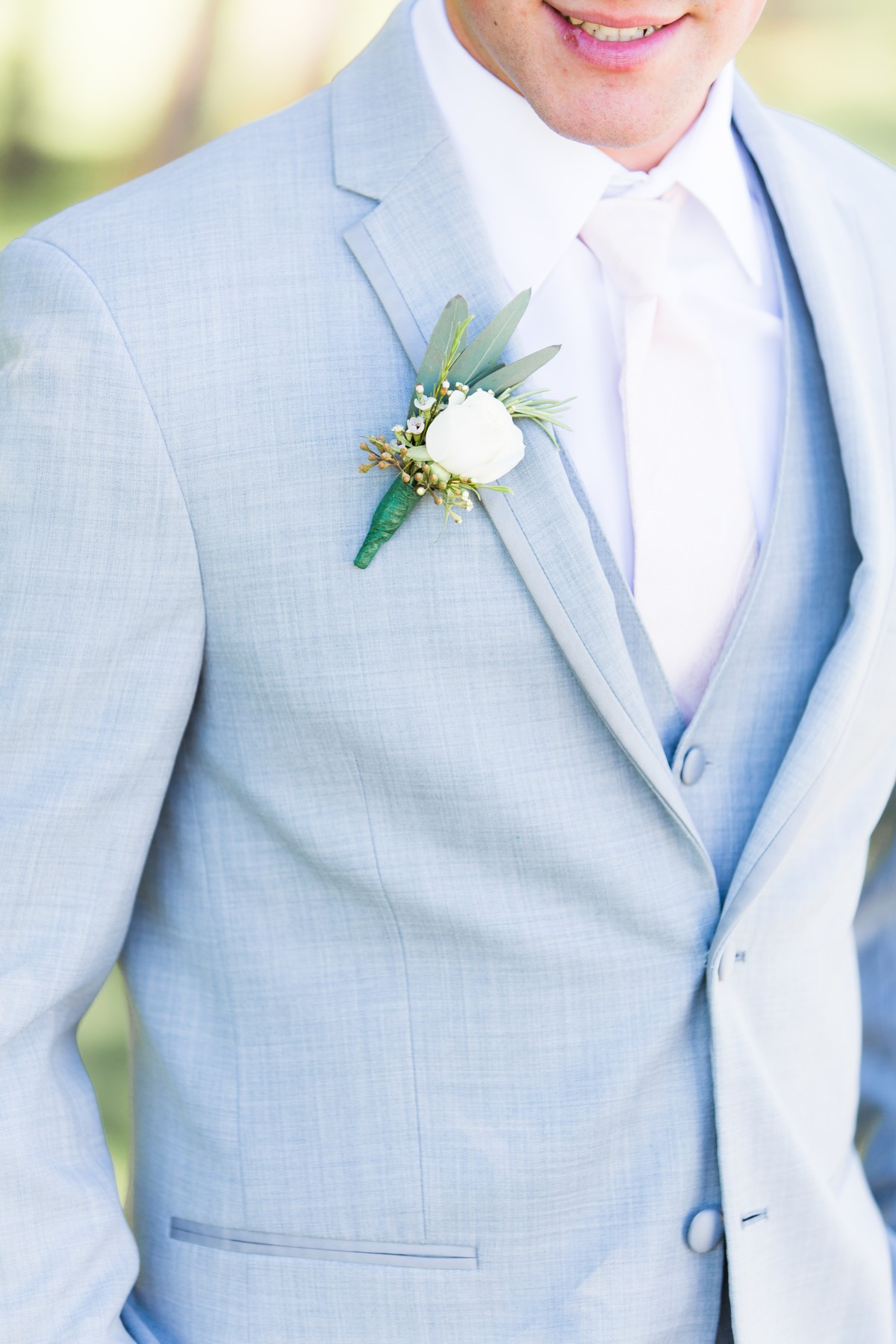 B&B Photography Lake Tahoe wedding - boutonniere