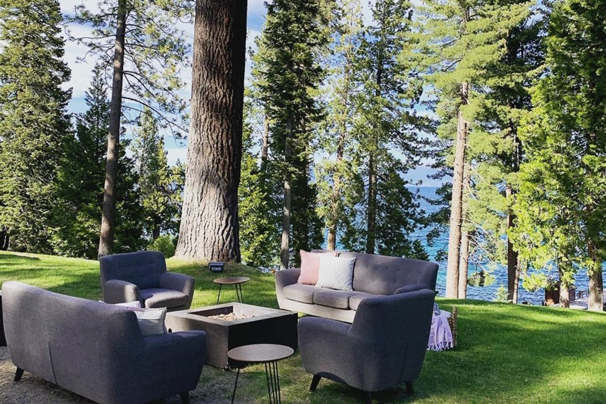 Beau & Arrow Event Co. - Lake Tahoe Wedding Planner - lounge furniture