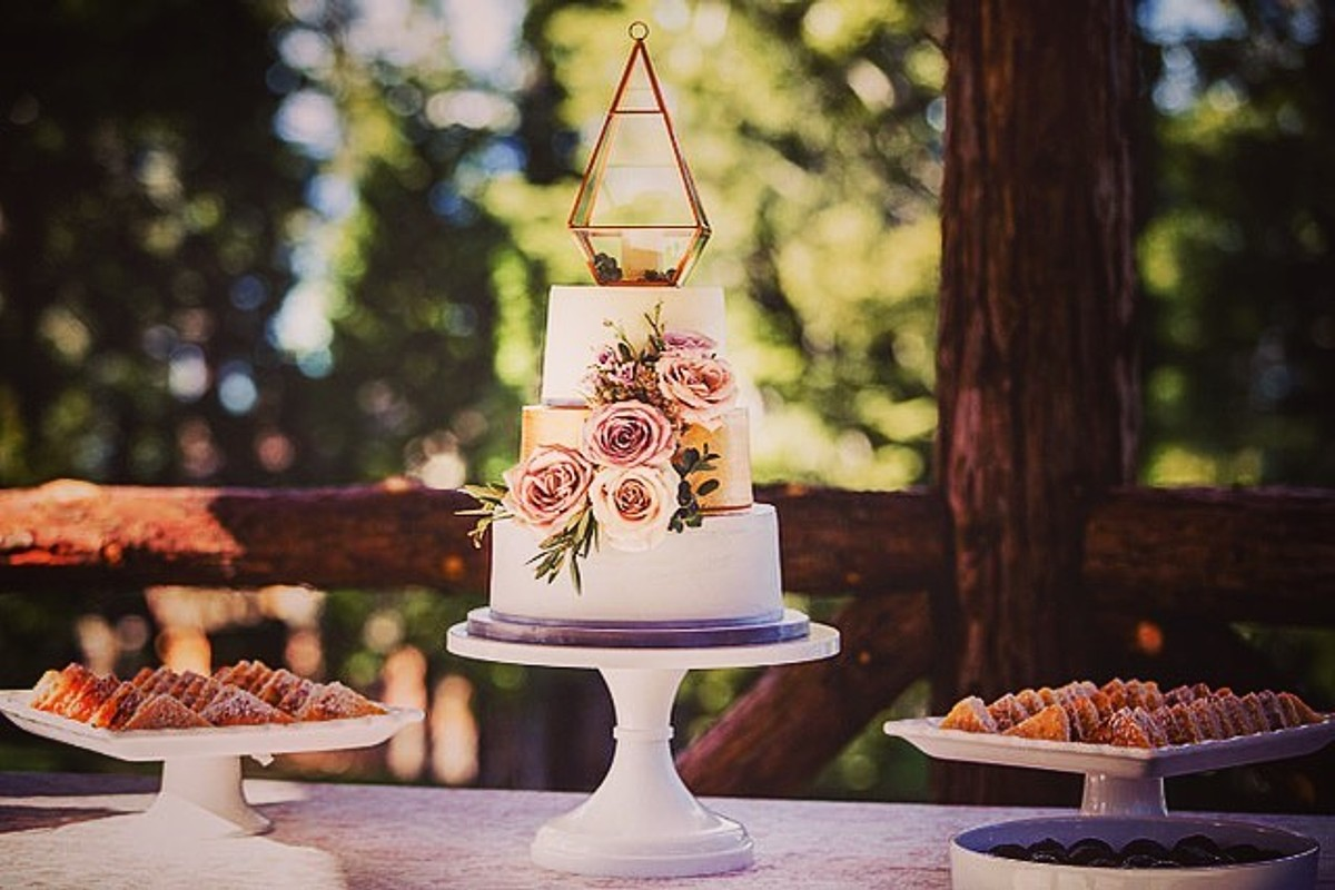 Beau & Arrow Event Co. - Lake Tahoe Wedding Planner - dessert table