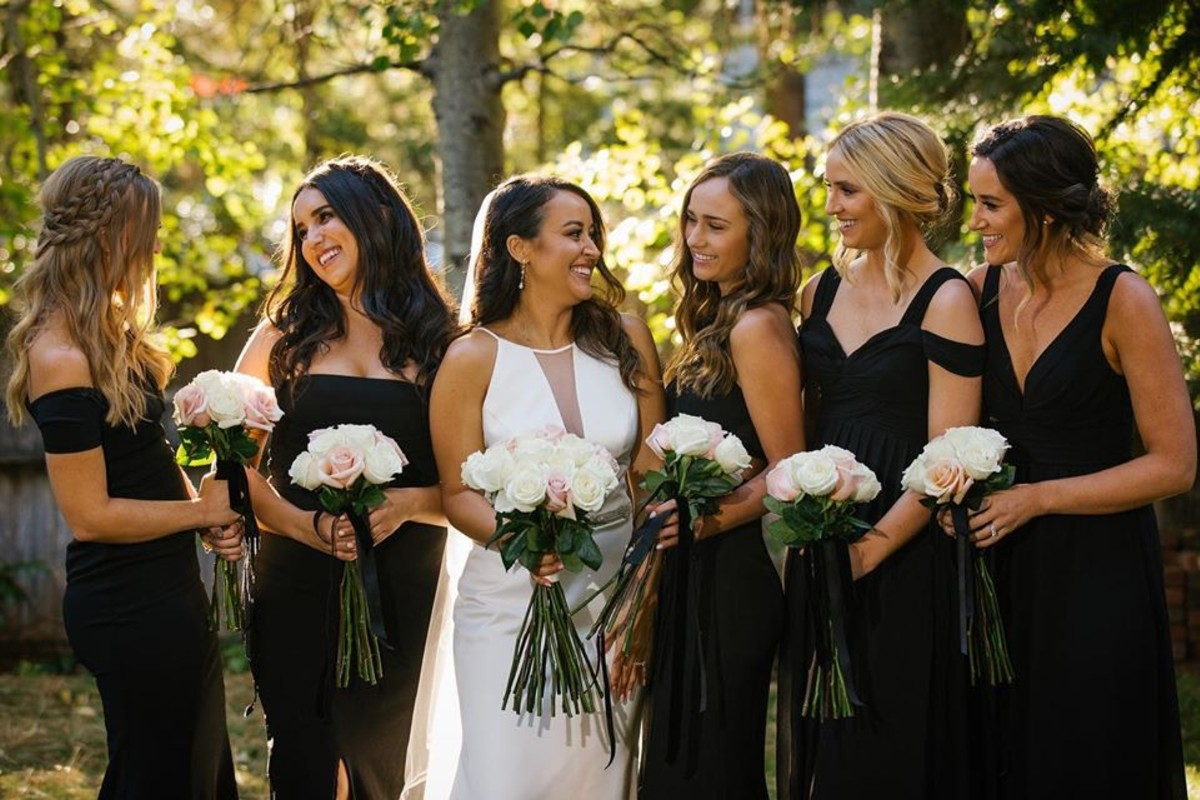Beau & Arrow Event Co. - Lake Tahoe Wedding Planner - bride with bridesmaids