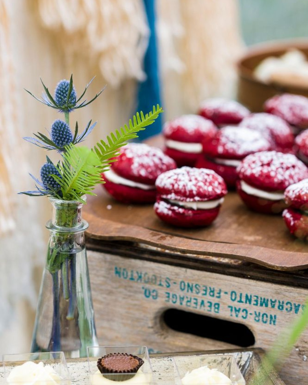Beau & Arrow Event Co. - Lake Tahoe Wedding Planner - dessert station decor