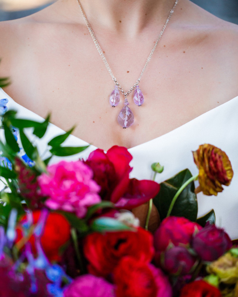 Thunderbird Lake Tahoe wedding styled shoot - bride necklace and bouquet