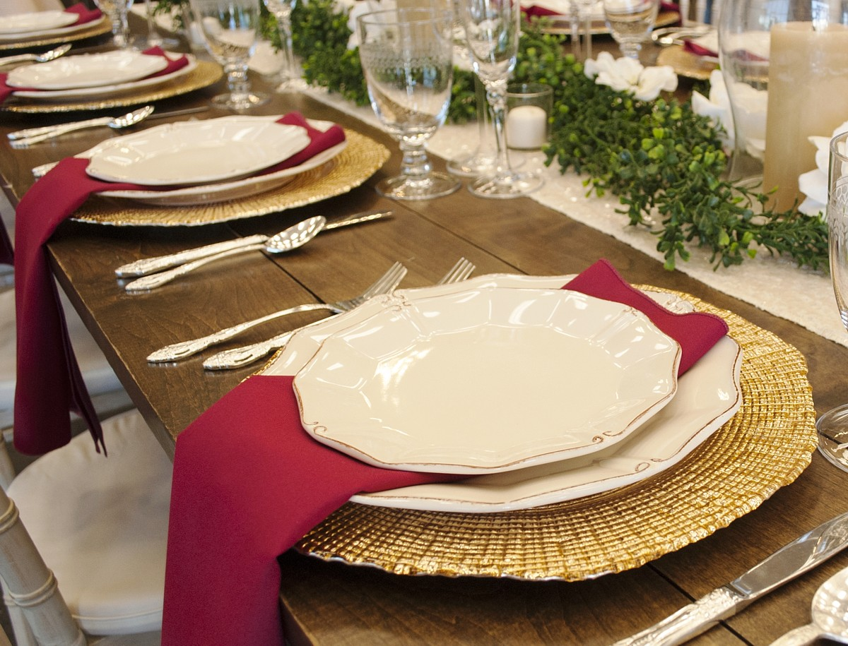 elegant place setting celebrations party rentals wedding