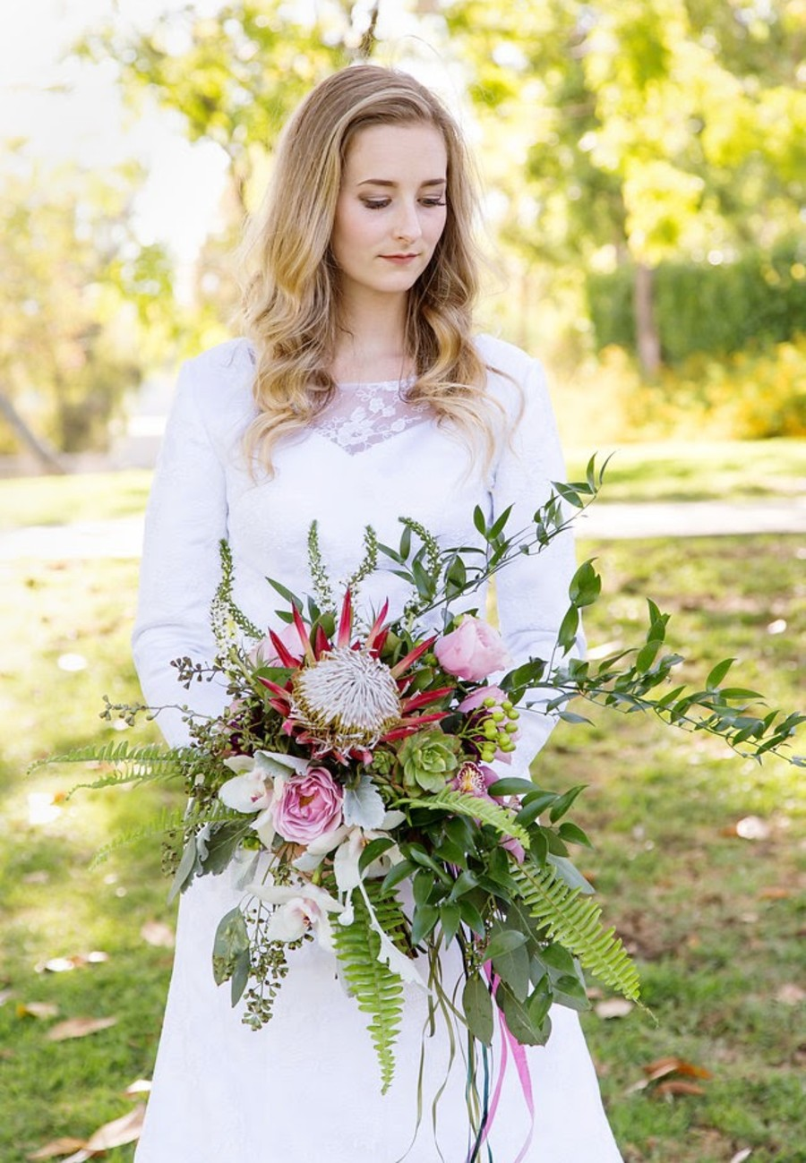 Lake Tahoe wedding florist Create With T - bridal bouquet