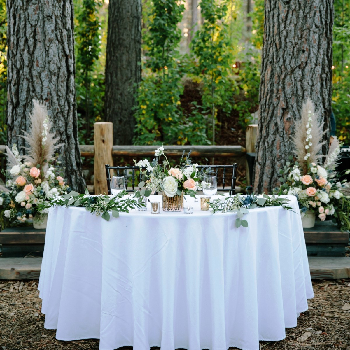 Lake Tahoe wedding florist Create With T - sweetheart table