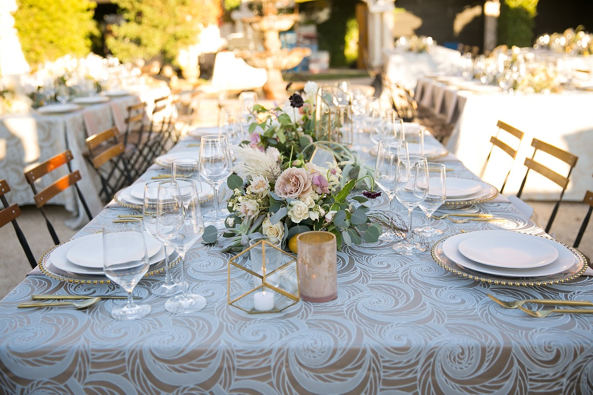Creative Coverings Tahoe Engaged Linens For Weddings