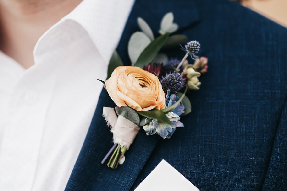 Lake Tahoe Elopement - groom's boutonniere