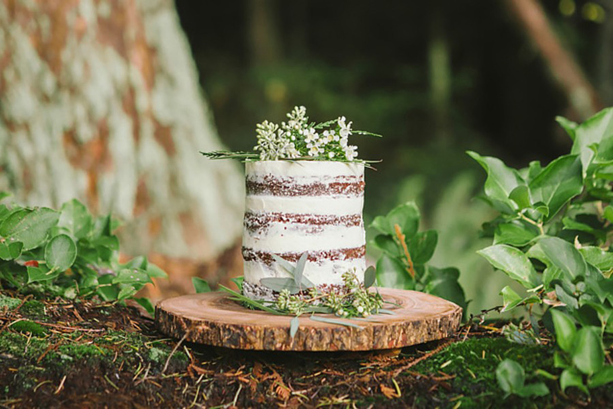 Forest Fern green wedding cake
