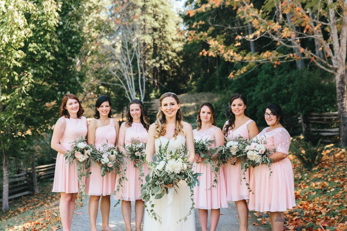 Inspirations by Gina - Lake Tahoe wedding florist - bride with bridesmaids