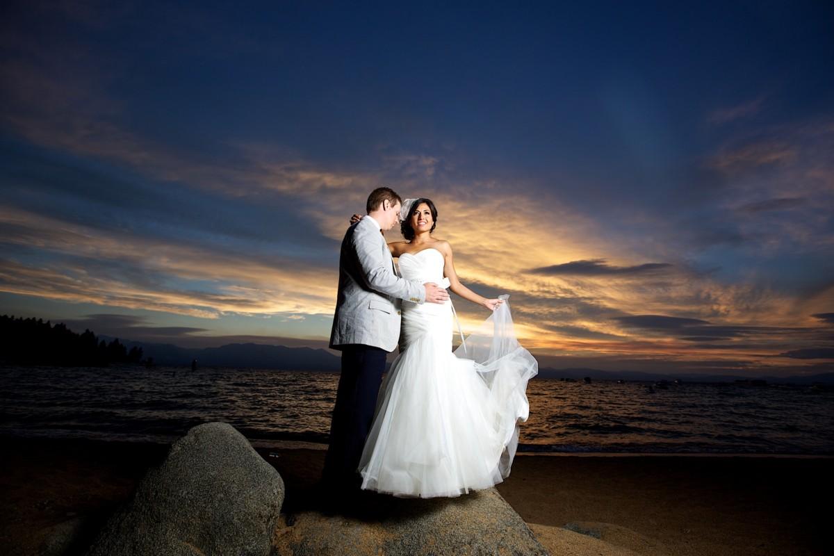 Jeramie Lu Photography - Lake Tahoe wedding couple at sunset
