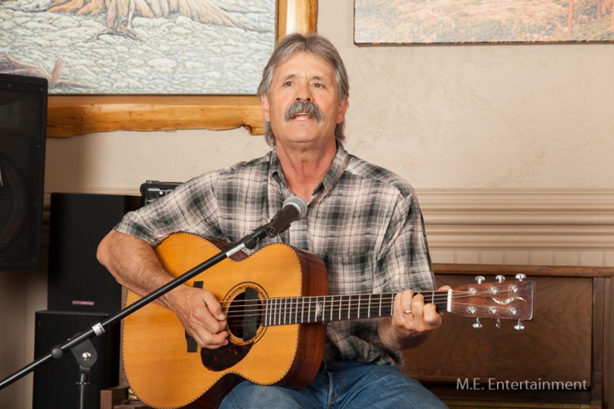 Michelle Erskine Entertainment Lake Tahoe wedding music guitarist