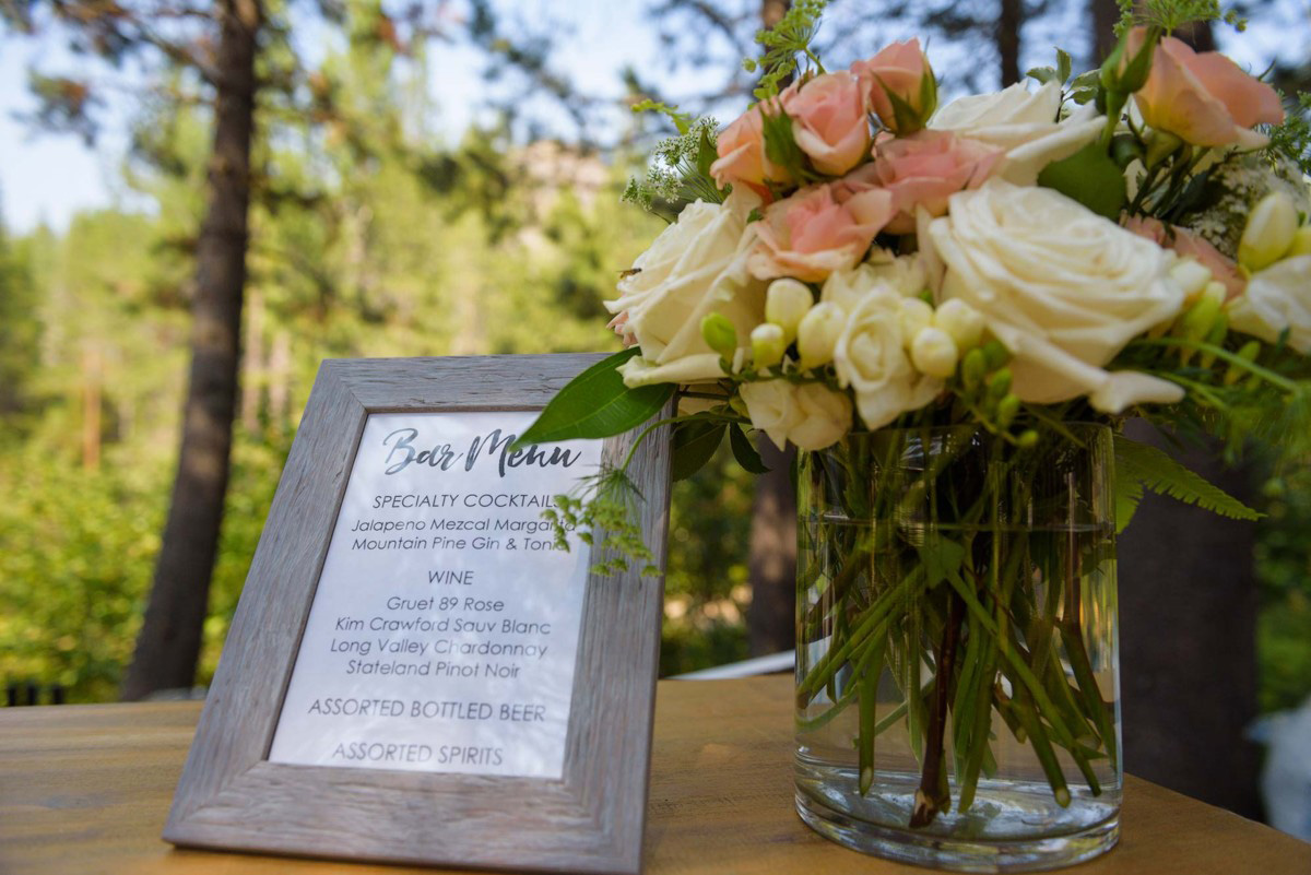 Lake Tahoe wedding on Truckee River - cocktail hour begins