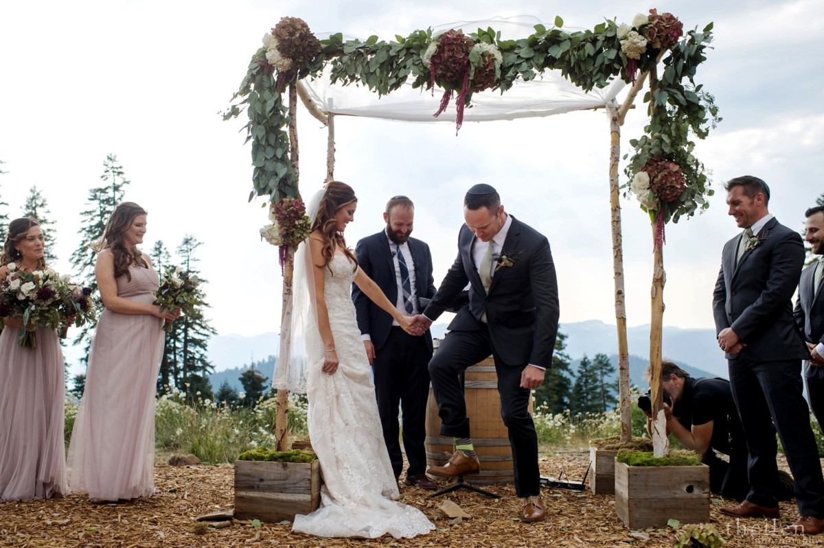 Northstar California Lake Tahoe wedding Jewish groom breaking glass
