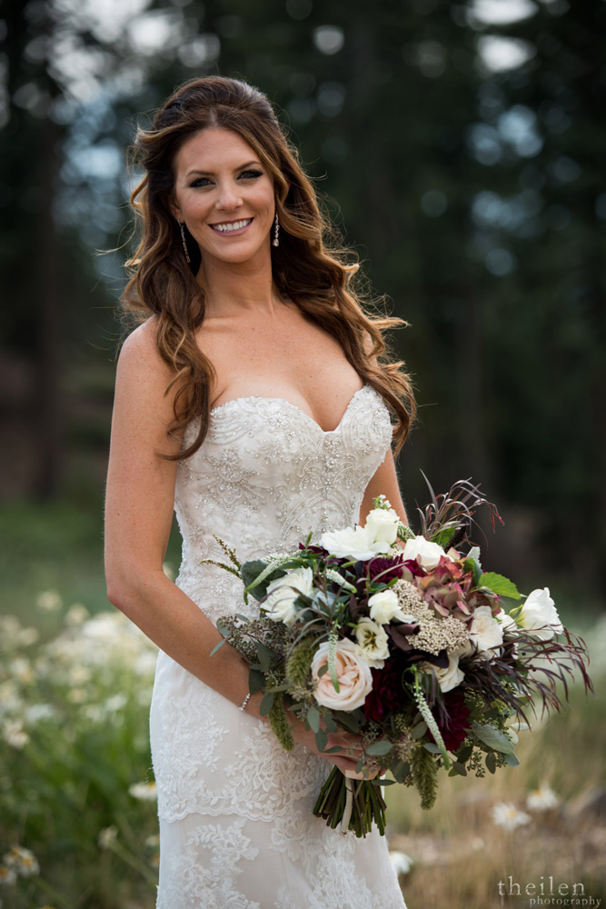 Northstar California Wedding Lake Tahoe bride with bouquet