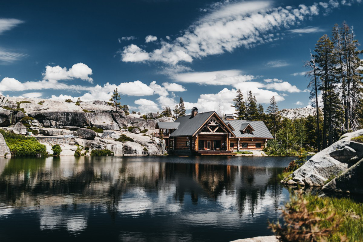 Wedding at The Hideout - VILD Photography - alpine setting