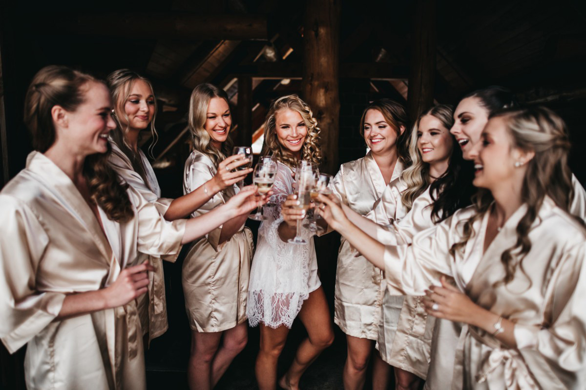 Wedding at The Hideout - VILD Photography - bride with bridesmaids
