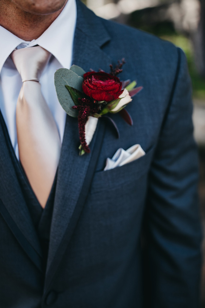 Wedding at The Hideout - VILD Photography - groom boutonniere