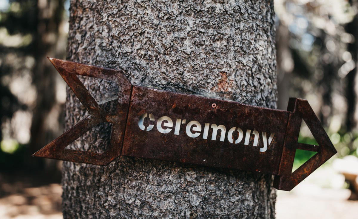Wedding at The Hideout - VILD Photography - ceremony sign