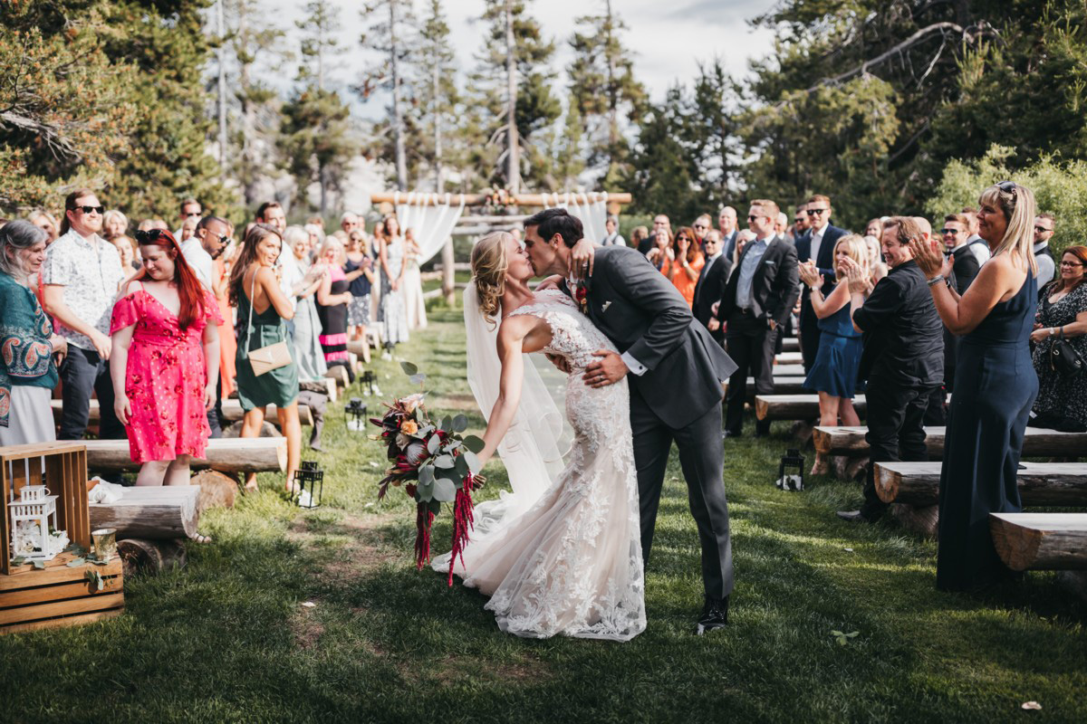 Wedding at The Hideout - VILD Photography - you may kiss the bride