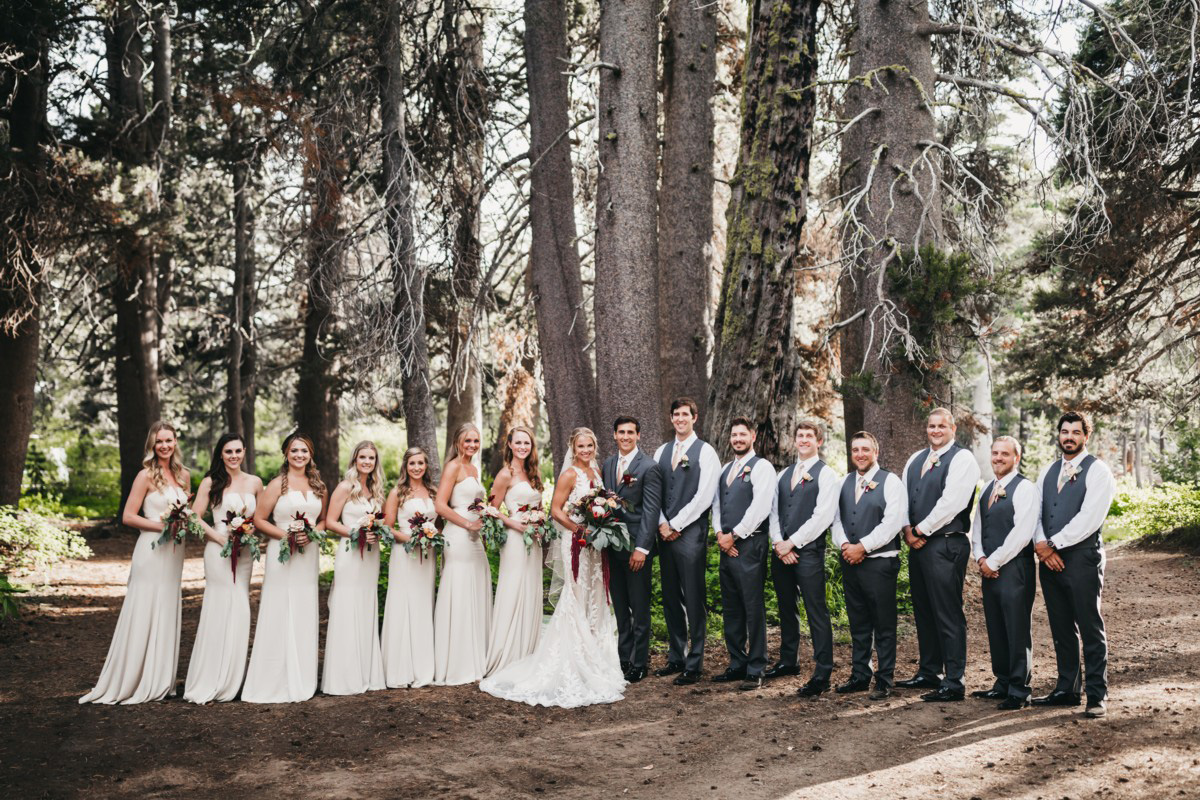 Wedding at The Hideout - VILD Photography - wedding party in the forest
