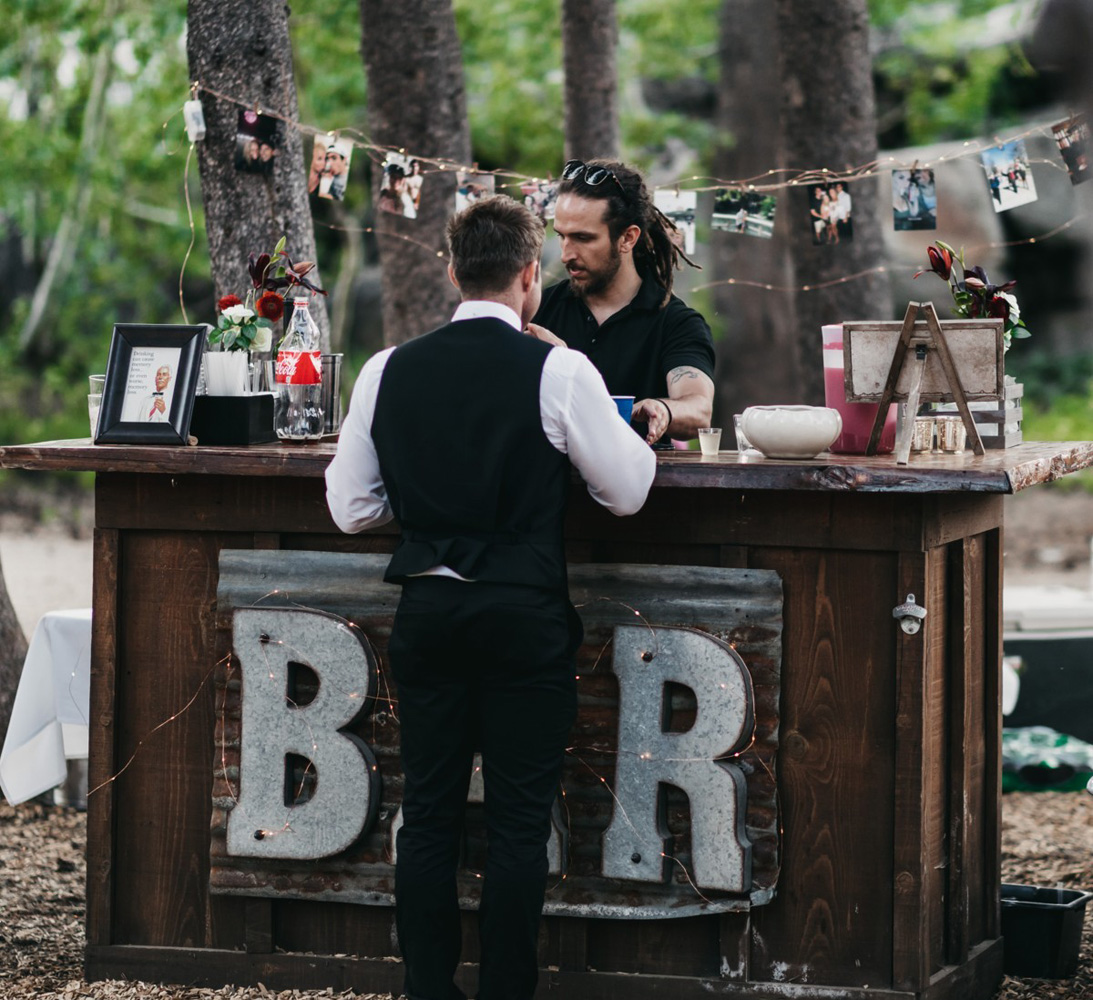 Wedding at The Hideout - VILD Photography - cocktail bar