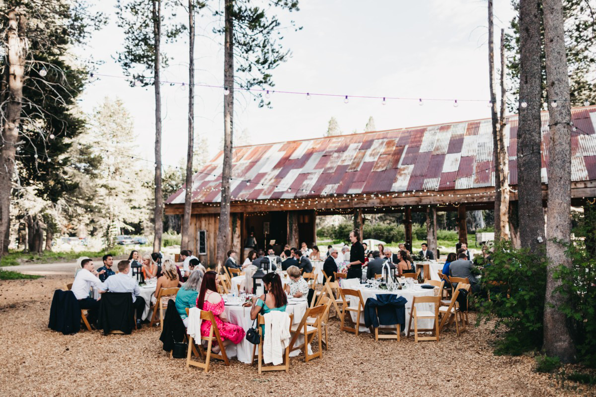 Wedding at The Hideout - VILD Photography - guests at dinner