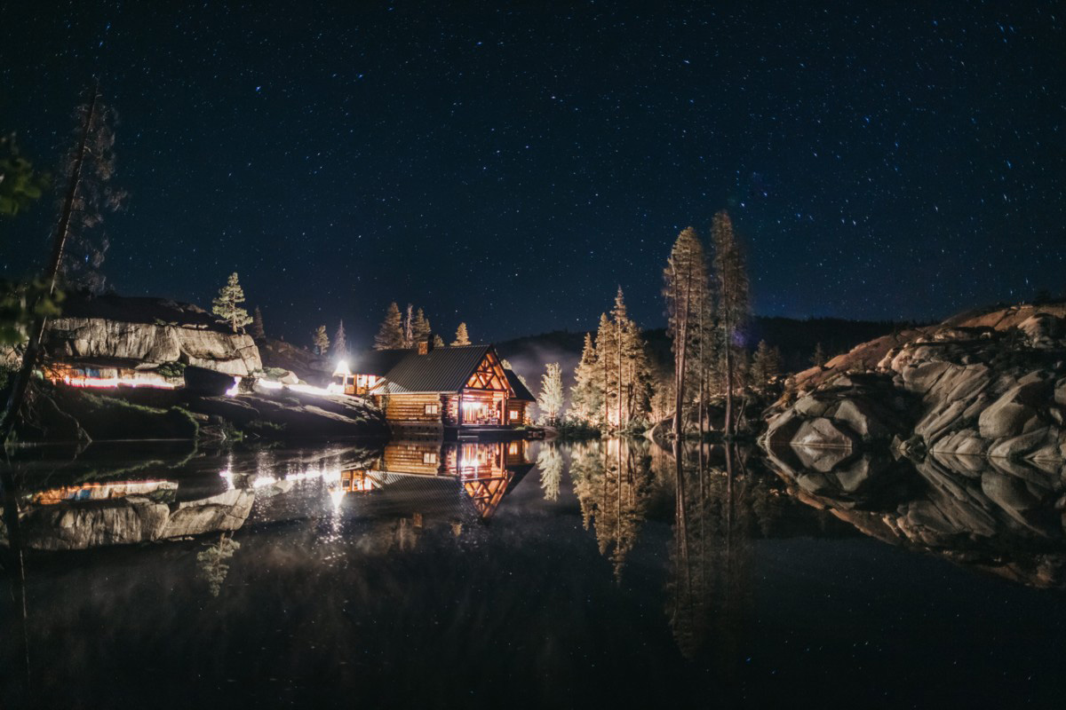 Wedding at The Hideout - VILD Photography - night time with starry sky