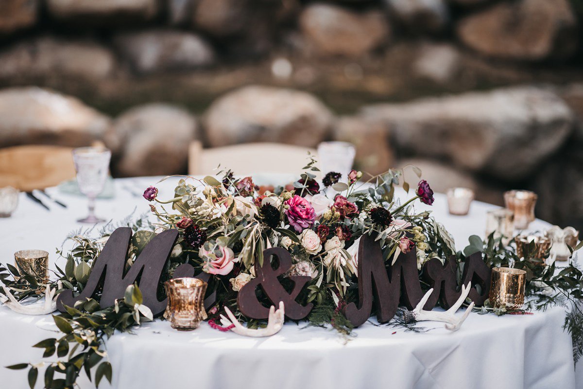 rustic relaxed wedding Lake Tahoe - sweetheart table