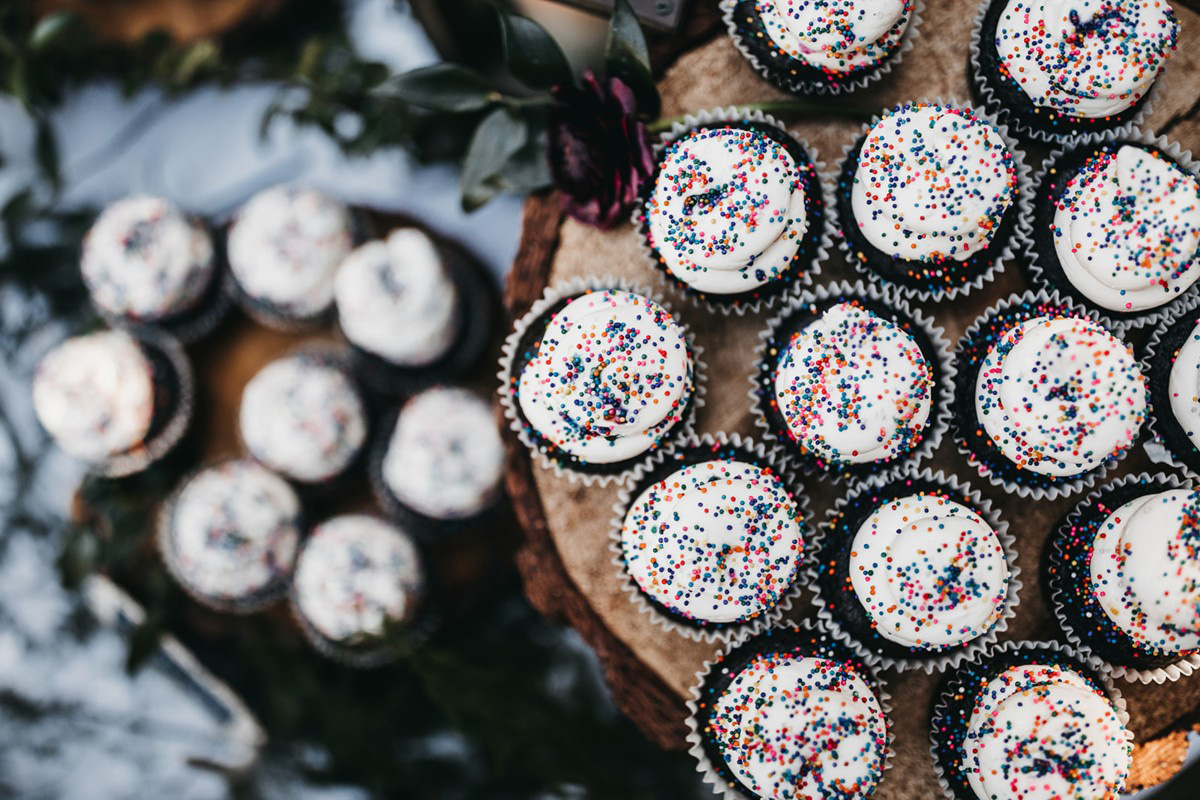 rustic relaxed wedding Lake Tahoe - chocolate cupcakes with sprinkles