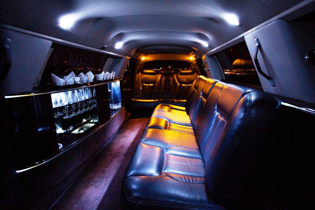 Cadillac Stretch Inside