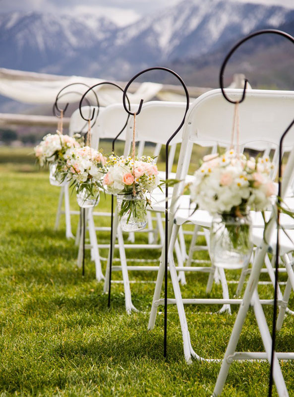 ceremony aisle decor Sierra Nevada mountains