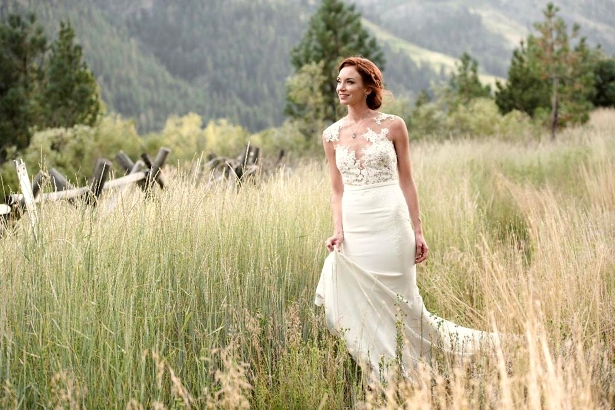 Lake Tahoe wedding Squaw Valley - bride in meadow