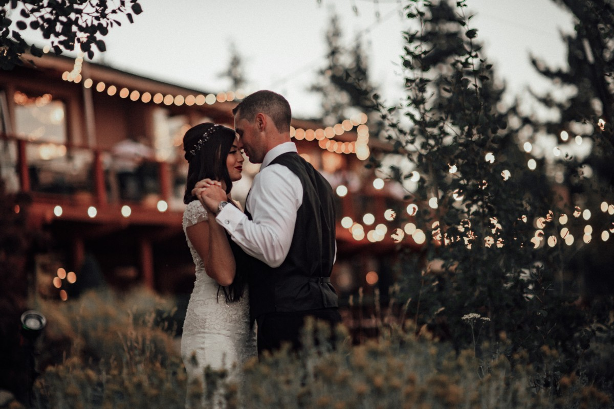 Tannenbaum by Roundabout Lake Tahoe wedding - couple dancing