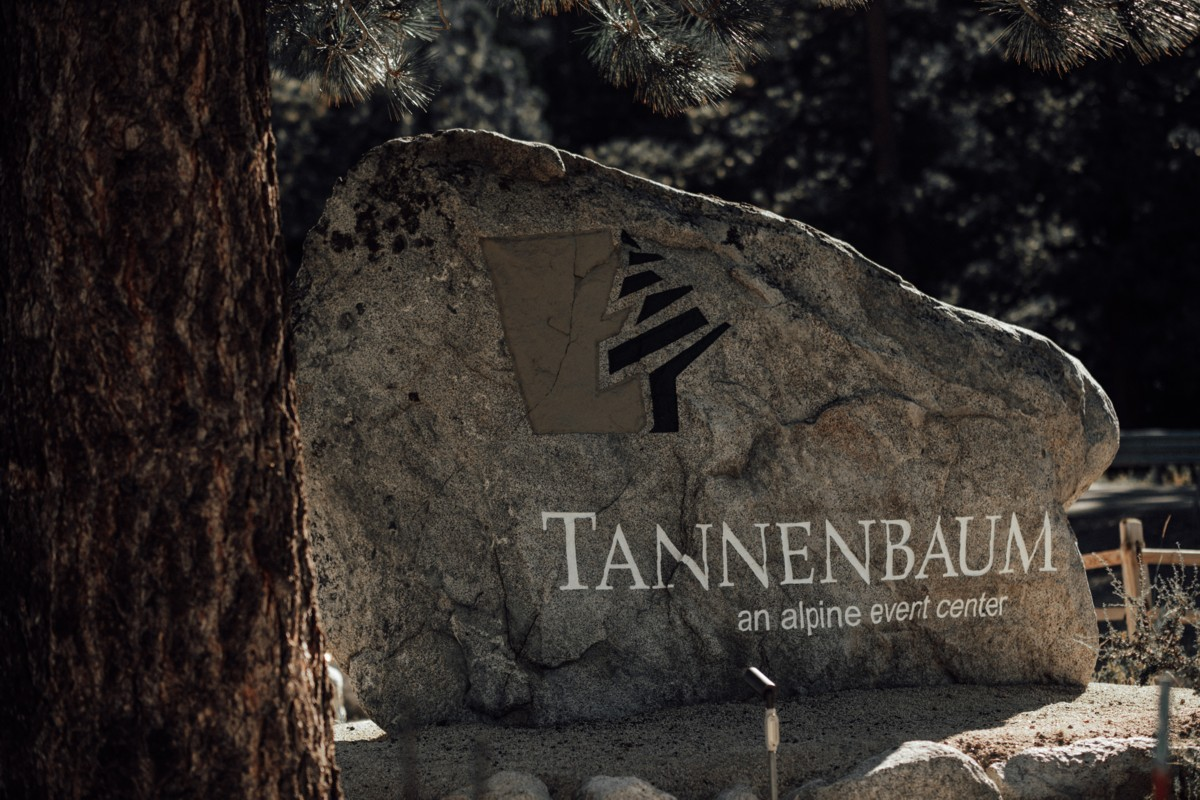 Tannenbaum by Roundabout Lake Tahoe wedding - sign at entrance