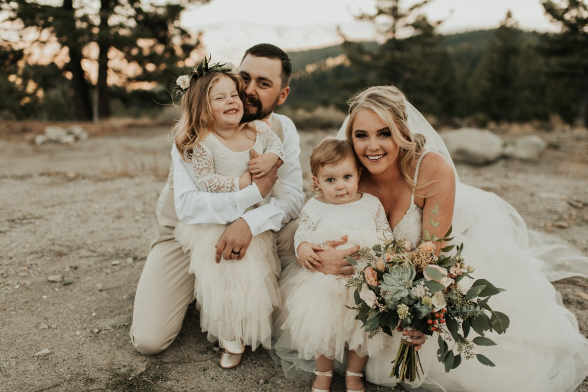 Tannenbaum by Roundabout Lake Tahoe wedding - couple with flower girls