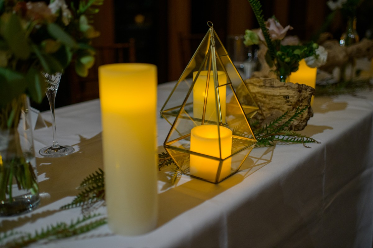 Lake Tahoe wedding - Blue Lotus Photography - candles and table decor